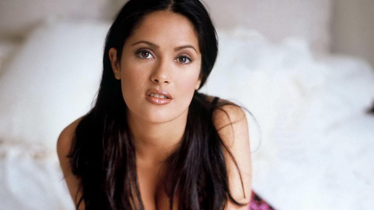 ¡Siempre hermosa! Salma Hayek publica foto en bikini de hace 20 años