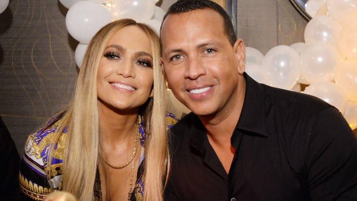 ¡Romántica! Jennifer Lopez se puso muy amorosa