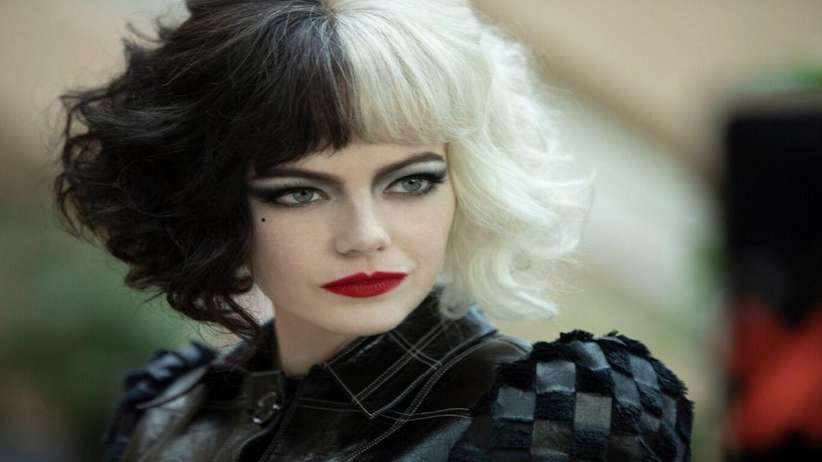 Emma Stone en la piel de Cruella