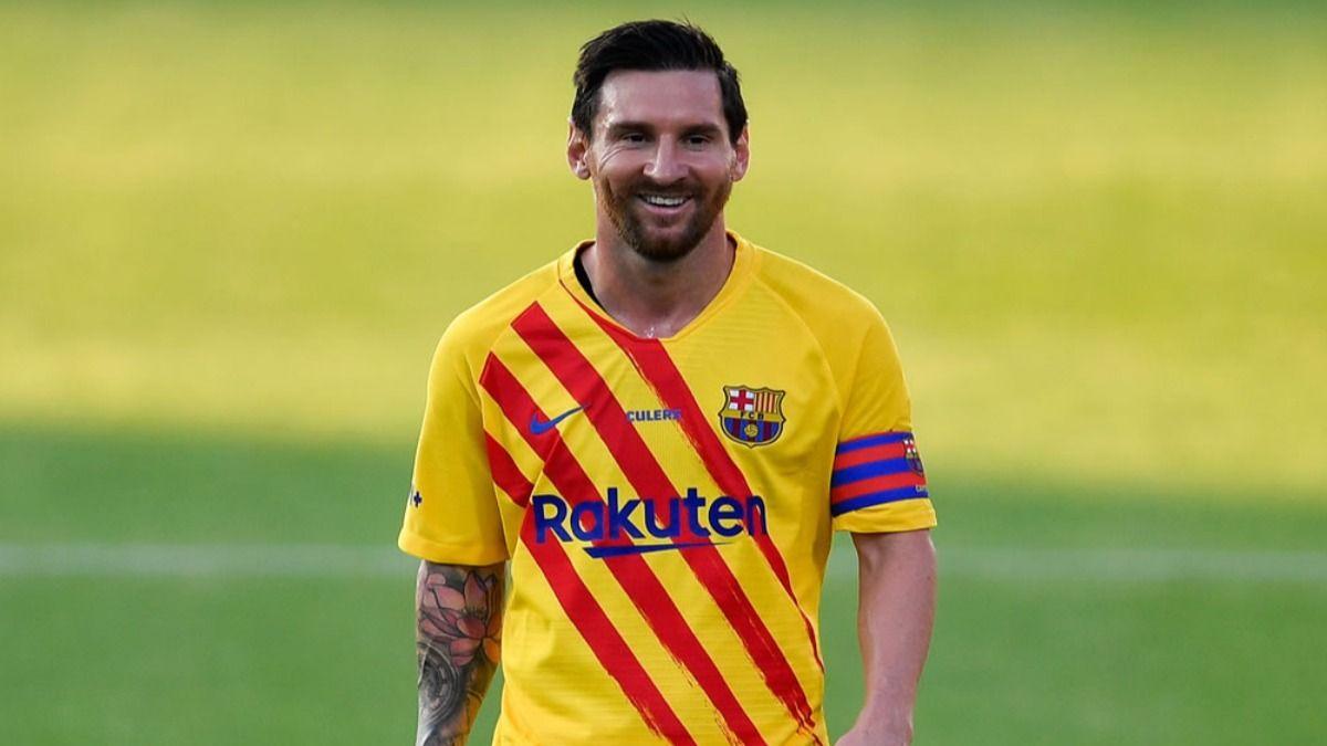 El futbolista Lionel Messi traspasó la barrera de los 1000 millónes de dólares