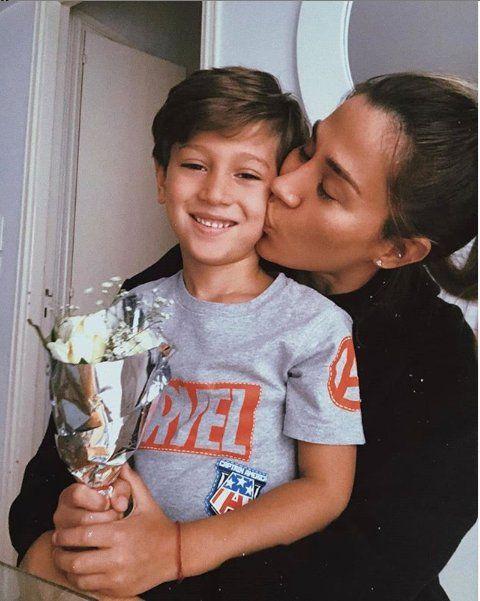 Jimena Barón junto a su hijo Morrison