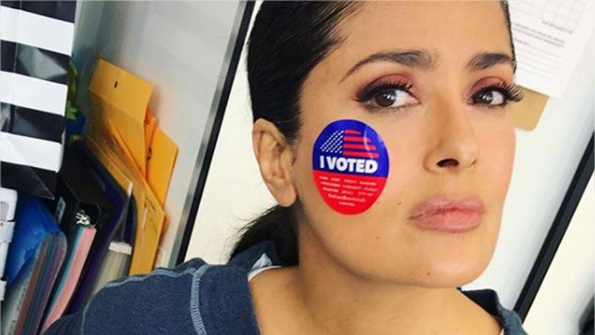 Salma Hayek y otros mexicanos famosos ya votaron en Estados Unidos