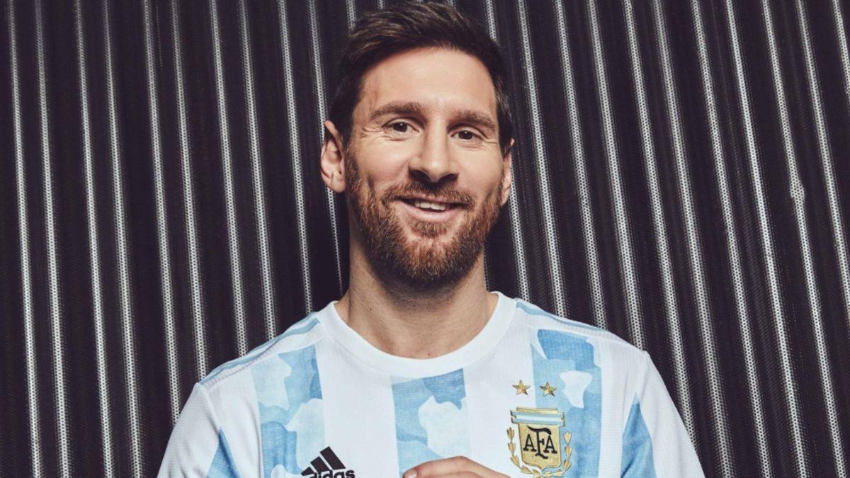 ¡Nueva piel! Lionel Messi y la nueva camiseta que pronto usará